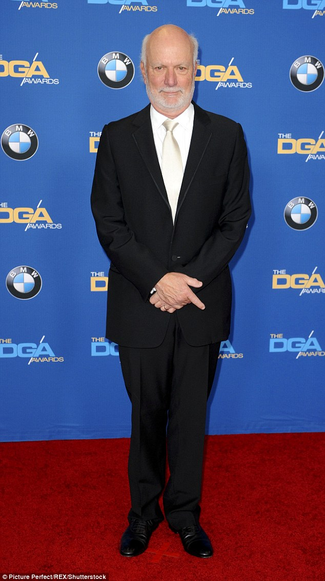 3023D4A600000578-3398065-Paying_tribute_James_Burrows_pictured_in_LA_in_February_2014_wil-a-1_1452716939701