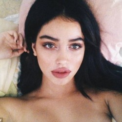 306E92C600000578-3410278-Dream_Cindy_Kimberly_who_rose_to_fame_after_Justin_Bieber_shared-a-17_1453454196290