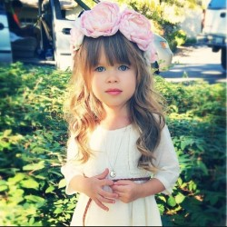Meet-Annie-The-Little-Fashion-Icon-Who-is-Taking-Over-Instagram-1