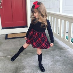 Meet-Annie-The-Little-Fashion-Icon-Who-is-Taking-Over-Instagram-3