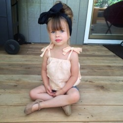 Meet-Annie-The-Little-Fashion-Icon-Who-is-Taking-Over-Instagram-7