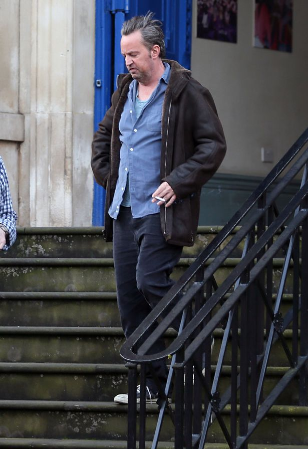 PAY-Matthew-Perry-is-spotted-visiting-an-eye-hospital-in-Central-London (1)