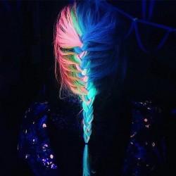 lyn4q-glow-hair-1b.jpg