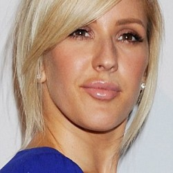 3138D30500000578-3448786-Spot_the_difference_Ellie_Goulding_stepped_out_at_the_Clive_Davi-a-12_1455611807977