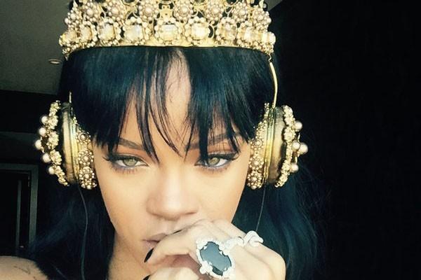 Rihanna-600x400