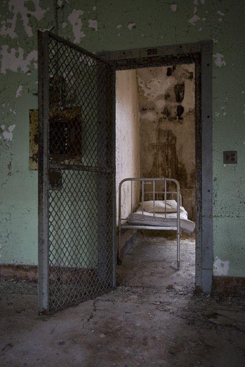 asylum14