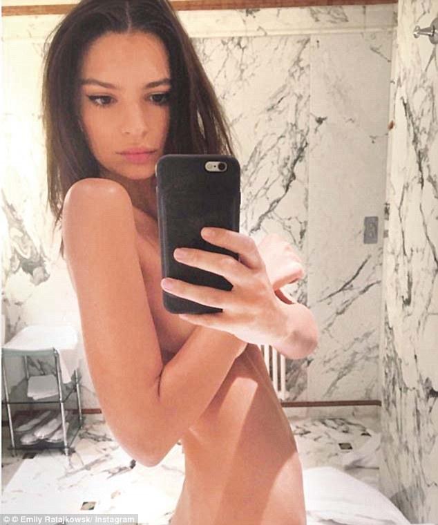 32128C2000000578-0-Emiky_Ratajkowski_revealed_that_she_had_received_a_thoughtful_gi-a-245_1458006706371