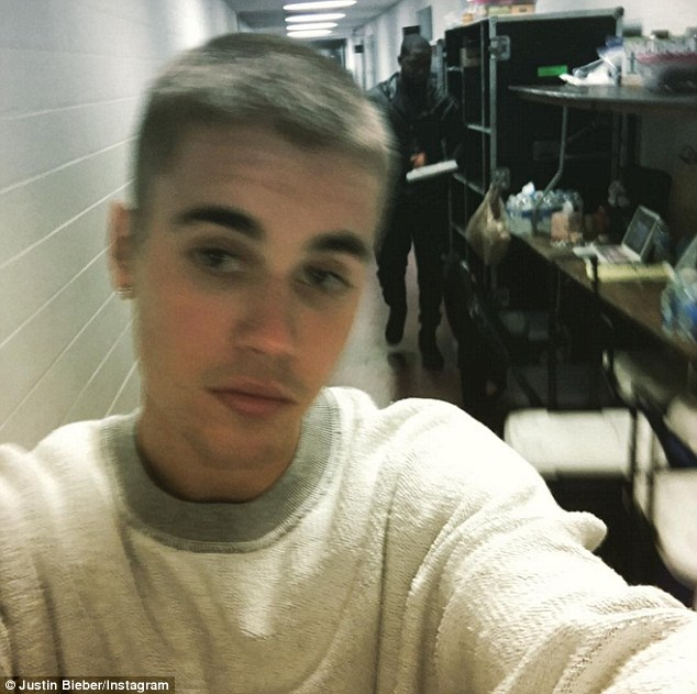 33ABAD2300000578-0-Good_hair_day_Pop_star_Justin_Bieber_shared_a_selfie_showing_off-m-100_1461988254975