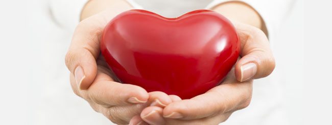 large-blog-image-woman-holding-out-heart
