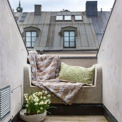 balcony-decorating-ideas-119-573db5da3613b__700