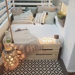 balcony-decorating-ideas-23-573c3b2b40654__700