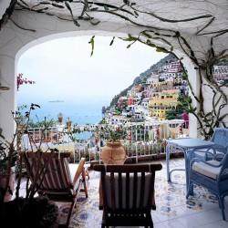 balcony-decorating-ideas-52-573db2fb5a4cd-jpeg__700