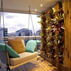 balcony-decorating-ideas-78-573dbc3e1b7ee__700