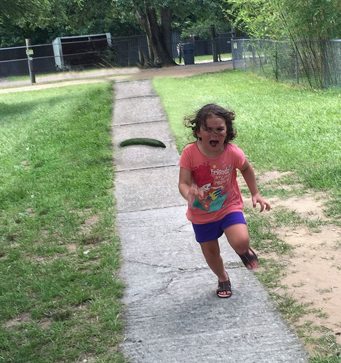 girl-running-from-peacock-photoshop-battle-51-5772464cd3799__700