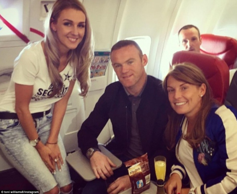35D1673C00000578-3668246-Wayne_Rooney_pictured_with_wife_Coleen_right_and_England_support-a-9_1467301610133