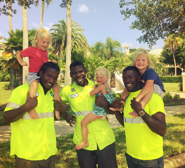 2-Year-Old Triplets Become Best Friends With Their Garbage Collectors