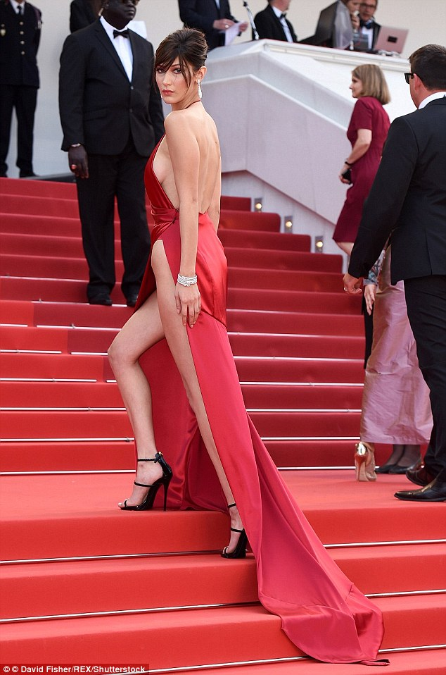 37ED882400000578-3774166-Bella_Hadid_s_profile_rocketed_after_she_flashed_her_thighs_in_a-a-25_1473069165549