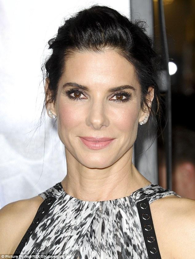 3920ED2600000578-3842210-Sandra_Bullock_was_People_magazine_s_Most_Beautiful_Woman_only_l-m-16_1476685436327
