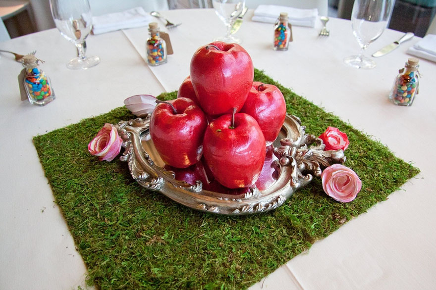 disney-wedding-table-centerpieces-6