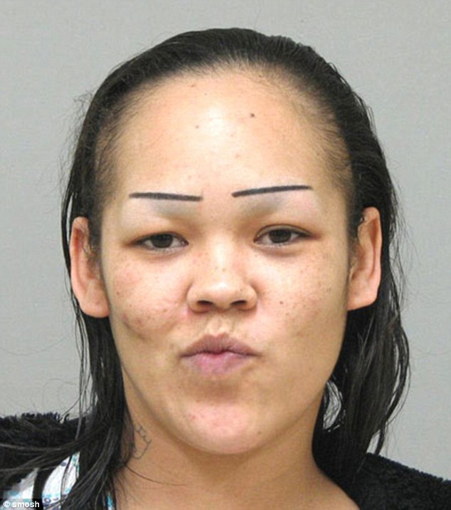 3A2ECE7D00000578-3917890-If_you_don_t_have_much_time_to_do_your_brows_in_the_morning_simp-a-84_1478820550453