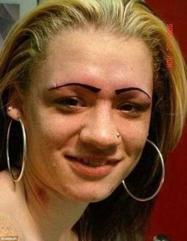 3A2ECE8900000578-3917890-This_female_might_want_to_get_her_money_back_as_these_brows_are_-a-82_1478820550443