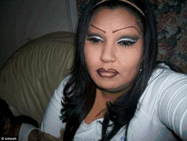 3A2ECEB200000578-3917890-These_eyebrows_look_very_similar_to_spiders_legs_but_bigger-a-76_1478820550421
