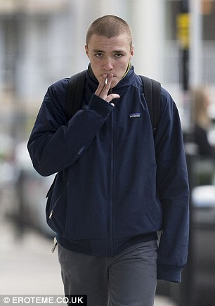 3AAB3D3C00000578-3966068-Arrested_Madonna_and_Guy_Ritchie_s_son_Rocco_16_pictured_here_in-a-27_1479942705867