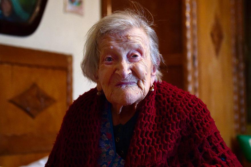 woman-born-1899-celebrate-117th-birthday-emma-morano-1