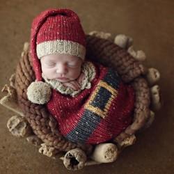 newborn-babies-christmas-photoshoot-knit-crochet-outfits-22-584ac7c818bec__880.jpg