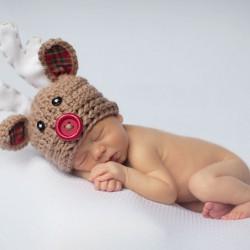 newborn-babies-christmas-photoshoot-knit-crochet-outfits-26-584e9903ab226__880.jpg