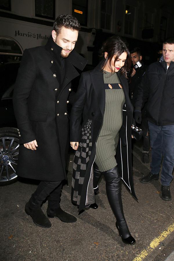liam-payne-cheryl-pregnant-baby-bump-green-dressrex-1