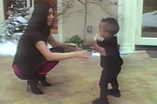 saint-west-kim-kardashian-first-steps-video-3