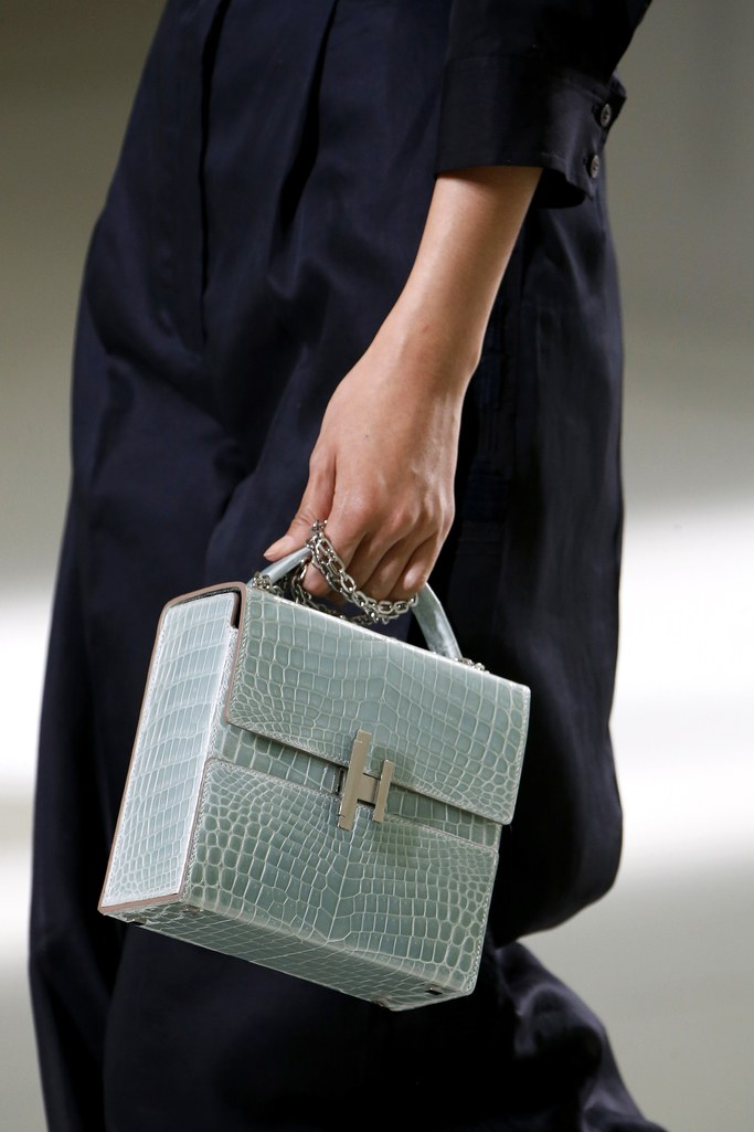 2017-trends-handbags