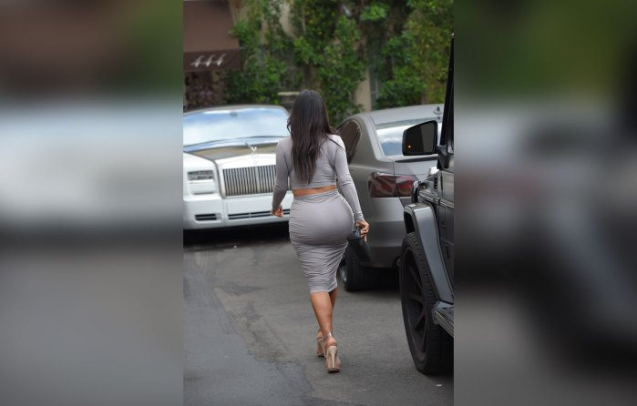 kim-kardashian-plastic-surgery-boobs-butt-reduction-before-after-pics-6