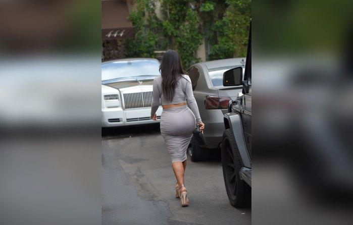 kim-kardashian-plastic-surgery-boobs-butt-reduction-before-after-pics-6